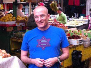 סיור בשוק הכרמל עם גיל חובב