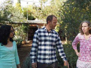 סיור בגינות הקהילתיות בירושלים